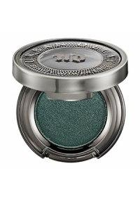 victoria-justice-golden-globes-makeup-01