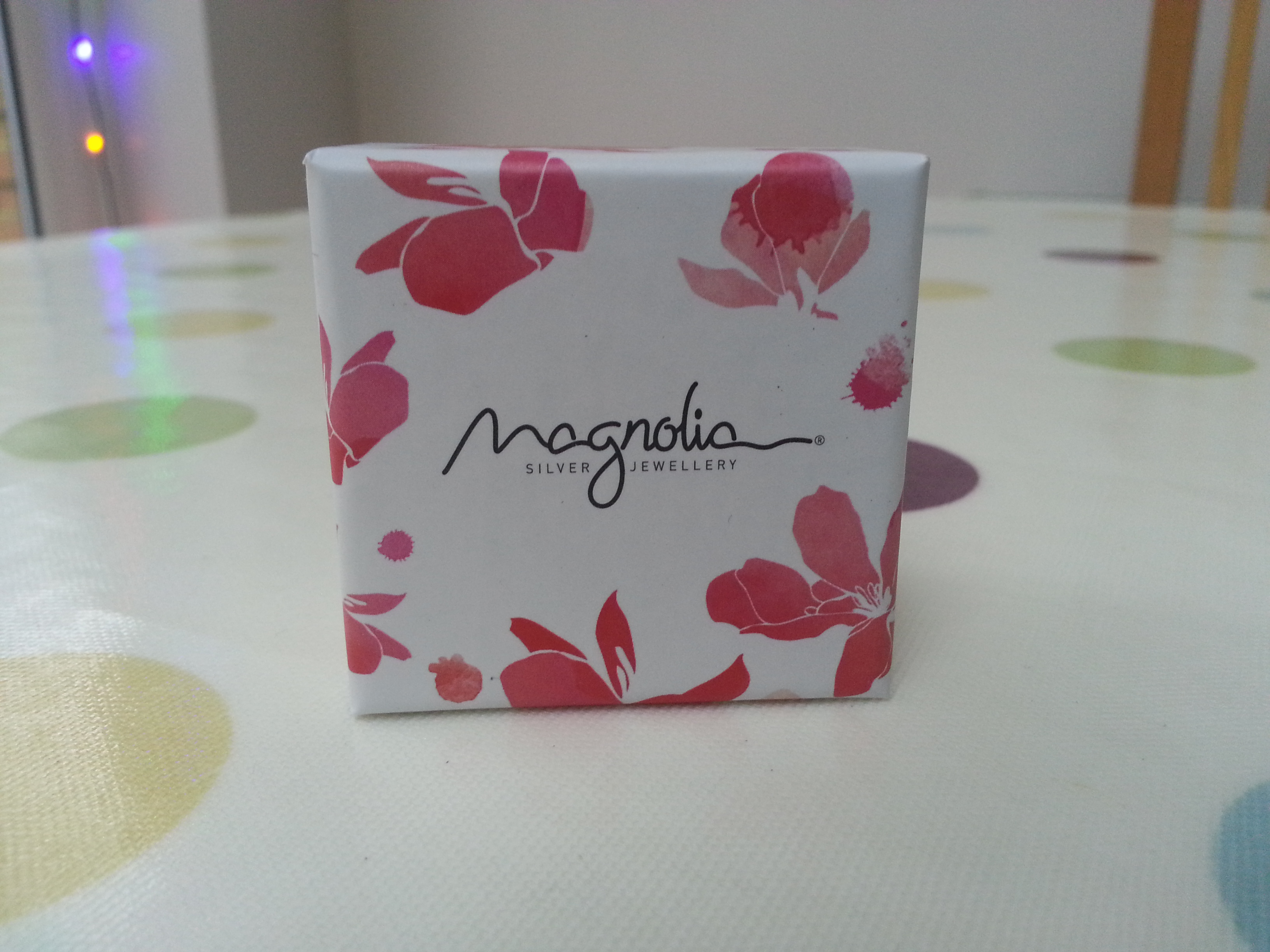 Pretty Packaging Design – Magnolia Silver Jewellery